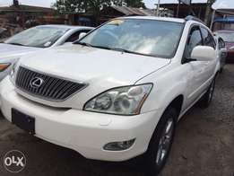 White Color With Beige Interior 2005 Lexus RX 330 In Excellent Conditi