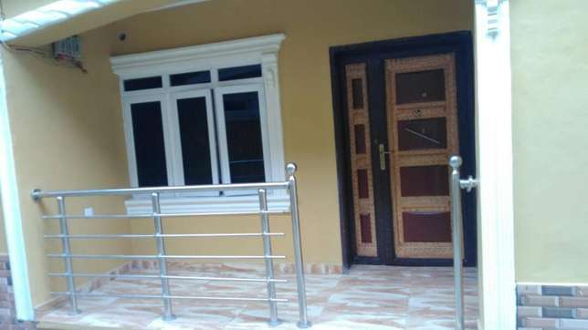 Sweet newly built 3 bedroom flat all room en-suit each room at Egbeda Alimosho - image 6