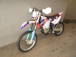 KTM 350 XCF-W with optional Rekluse Clutch