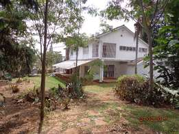 Nice 4 bedrooms double-storey, 2rooms g-wing, 2dsq, 1 acre garden,
