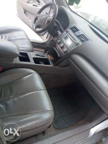 Toyota Camry silver color for sale Aja - image 1