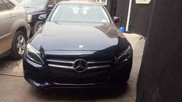 Clean 2015 Mercedes Benz C300 Toks