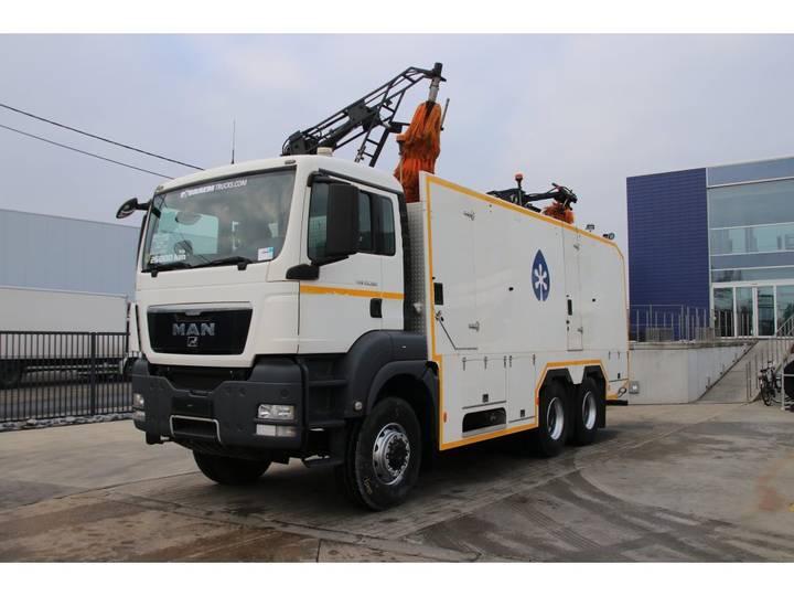 MAN TGS 33.360 BB - 6X6 cleaning/lavage/reinigen - 2012