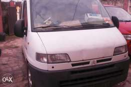 Lagos Cleared Tokunbo Citroen Jumper Bus with Diesel Engine for 950k