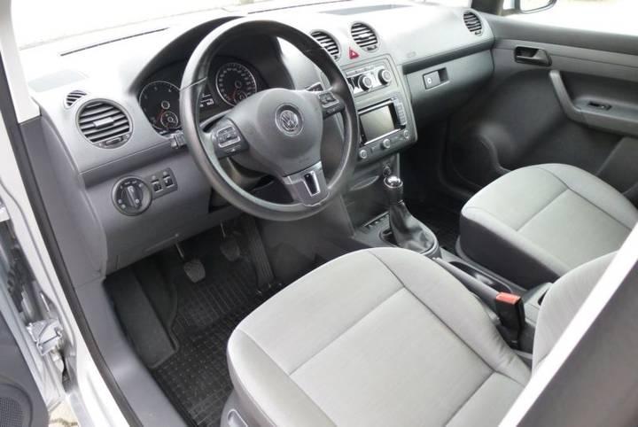 Volkswagen Caddy 1.6 TDI Kasten KLIMA SHZ TOP Zust. - 2015 - image 5