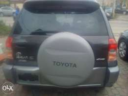 Tokunbo 2003 Toyota Rav4 For Sale 2.2M