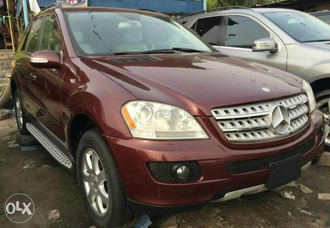 Foreign used 2006 Mercedes Benz Ml350 4matic for sale Lagos Mainland - image 1
