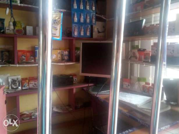 Kinyozi with Phone accesorie shop and mpesa for sale Githurai - image 4
