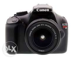 Used Canon rebel t3 with a prime lens 55mm 2 battery