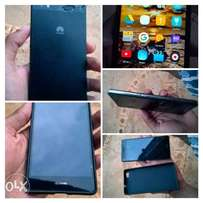 Selling a P8 lite at bargain price, i will consider your offers