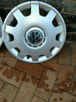 polo wheel caps R550