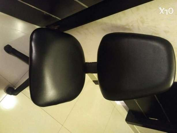 Office Turning black chair
