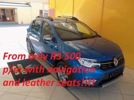 2017 Renault Sandero Stepway with Leather 66kw Turbo, White, R199 900