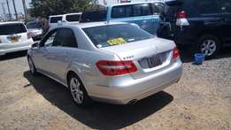 Mercedes Benz E350,2010,3500cc,petrol,sunroof,leather seats at 3.7m