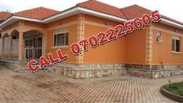 Nestled 4 bedroom Bungalow for sale in sale in Kyaliwajjala at 260m