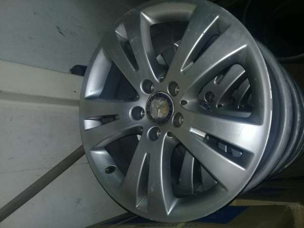 Rims for Benz size 16inch and 17inch all available Nairobi CBD - image 1