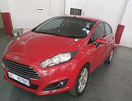 2013 Ford fiesta 1.6 leather interior 67000kms elect windows now mirro
