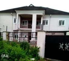 Modern Twin 5 Bedroom Duplexes in Uyo