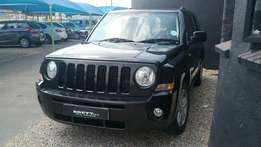 2010 Jeep Patriot 2.4 limited in excellent condition