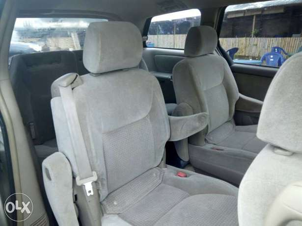 Toyota sienna Central Business District - image 3