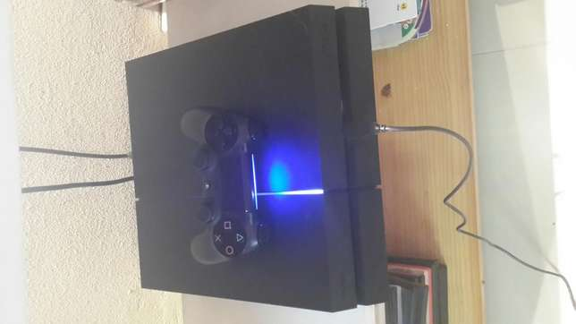 Brand new Playstation 4 for urgent sale Durban North - image 2