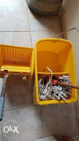 Cleaning Trolley Wringer Combo الرياض -  4