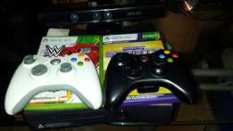 xbox 360 kinetic + 13 games+ 2 controllers