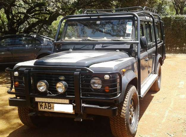 Land Rover defender 110 , manual 2.5L turbo diesel, good condition Karen - image 1