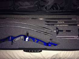 Recurve archery equipment in excellent condition