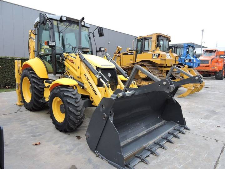 New Holland B110B TC - 2015