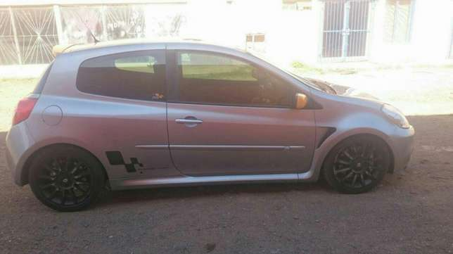 Renault Clio for sale Pretoria West - image 4