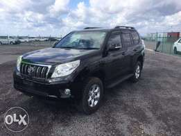 Just arrived Toyota land cruiser TX leather interior 7 seater