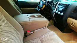 Toyota tundra 2007 neatly used