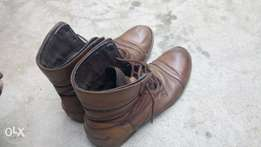 Brown leather boots for men size 42