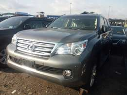 Super sharp 2010 LEXUS Gx460. Grey