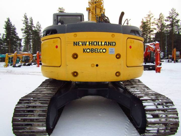 New Holland Myyty! Sold! E235bsrlc Proboengcon - 2010 - image 4
