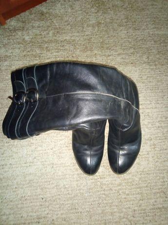 Зимові шкіряні жіночі чоботи чорного кольору d0ea2982c5470