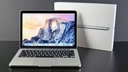 Apple Macbook Pro 13' (RETINA) with Speck Case, Keyboard Cover & Bag