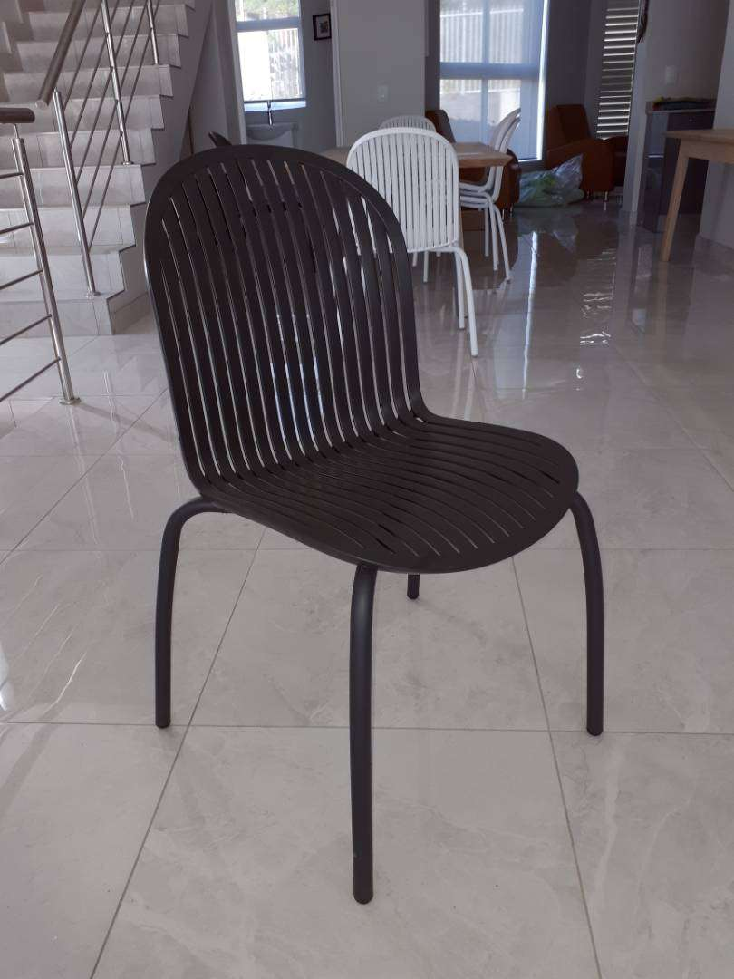 Mobelli chairs 0