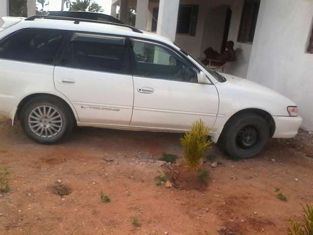 Selling Toyota l touring manual in good condition driven by a lady Arabuko Sokoke Fores - image 2