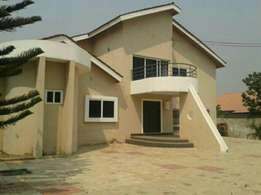 new and modernly built 5bedroom house for rent at spintex