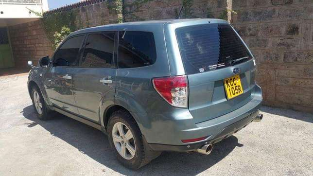 Very clean 2009 Subaru Forester on quick sell Nairobi CBD - image 6
