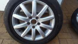 """16"""" inch mags with tyre's it's for jatta 5"""