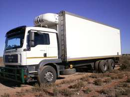MAN 25.280 Truck with Meathanger body for sale