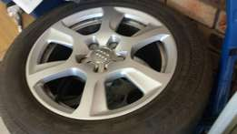 """Audi mags 16"""" 225/55/16"""