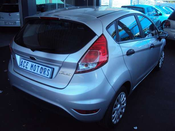 2016 Ford Fiesta 1.0 Ecoboost for sale R175000 Bruma - image 4