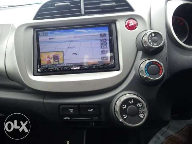 Honda fit 2010 - fully loaded with DVD screen Mombasa Island - image 4