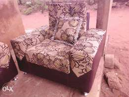 2 single one double block hand chair with throw pillows