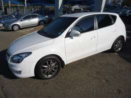 hyundai i30 1.6 gls manual petrol
