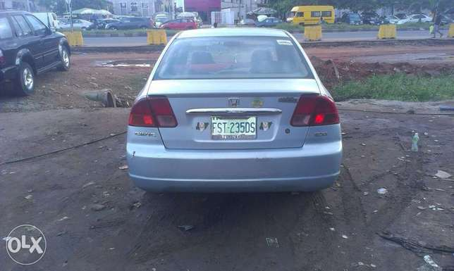 Buy and drive a clean honda civic Isolo - image 2